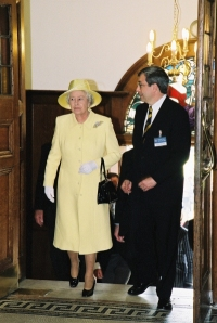 Her Majesty arrives accompanied by Prof Rick Trainor, the Vice- Chancellor of the University of Greenwich
