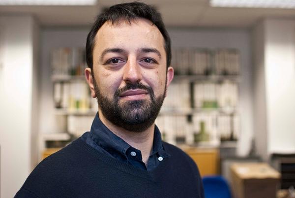 Dr Diego Naziri