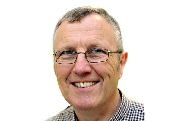 Dr John J Milledge