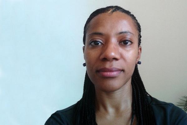 Dr Louise Abayomi