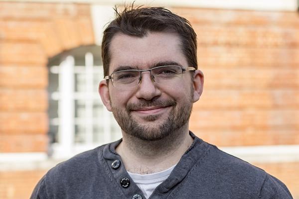 Dr Steven Harte