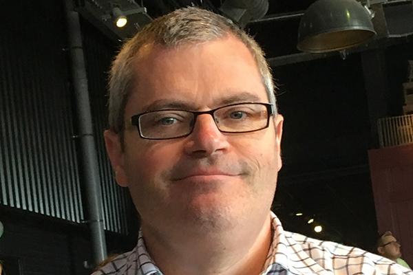 Dr Stuart Bunting