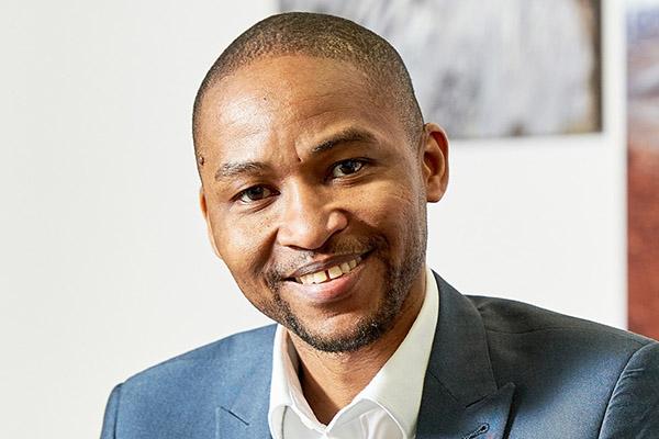 Dr Uche Okpara