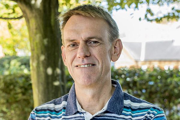 Professor Vegard Iversen