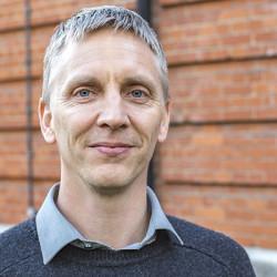 Dr Jonne Rodenburg